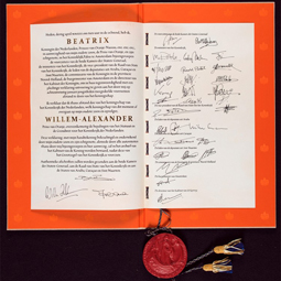 H.M. Queen Beatrix's Abdication Act